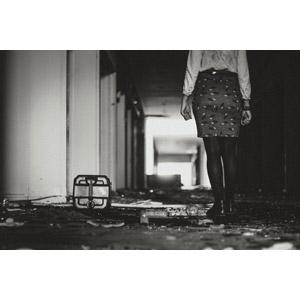 「ナイト列車 ドリーム号」~ゴーストガール(2/9)